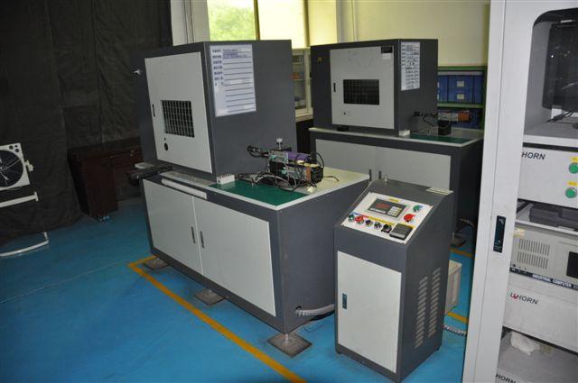 滚子组性能测试机